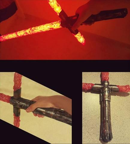 hot-glue-kylo-ren-lightsaber-434x480
