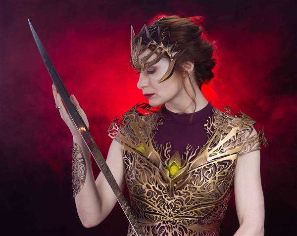 felicia-day-models-3d-printed-dream-regalia-armor-melissa-ng-fantasy-photoshoot3