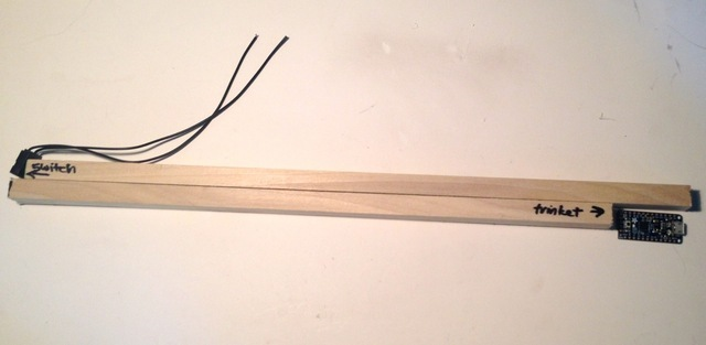 led_strips_05_dowels_lined_up