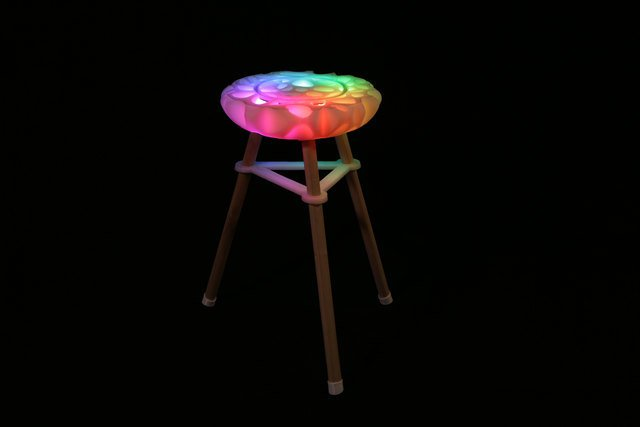 leds_hero-stool