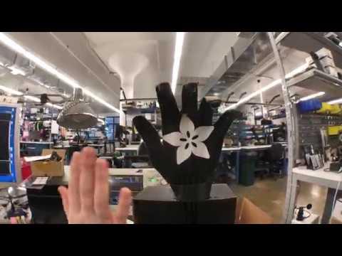 CircuitPlayground CRICKIT Robot Hand