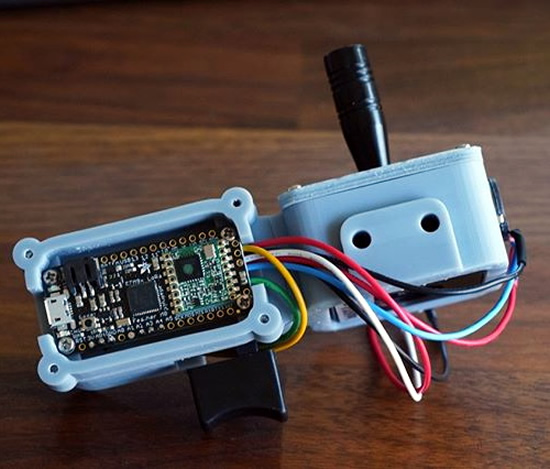 Handheld LoRa Joystick For Long-Range Bots