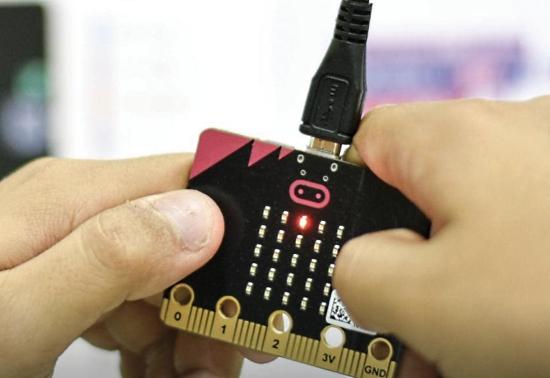 Learning MicroPython on micro:bit