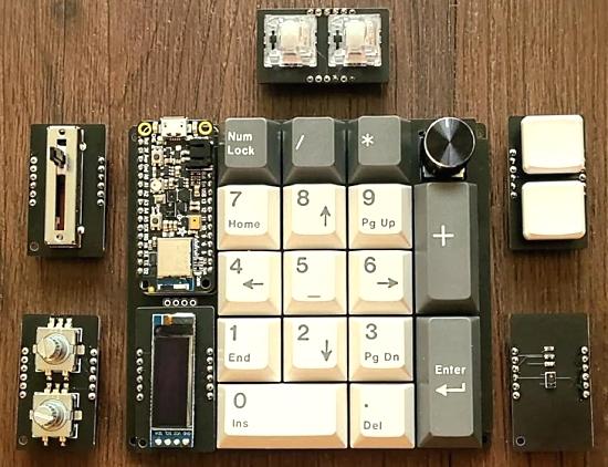 A modular CircuitPython number pad