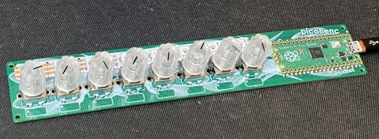 8 rotary encoders on a Raspberry Pi Pico