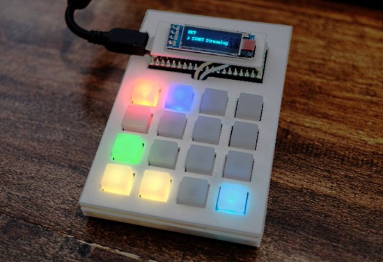 Pico RGB Keypad Stream Deck with OLED monitor